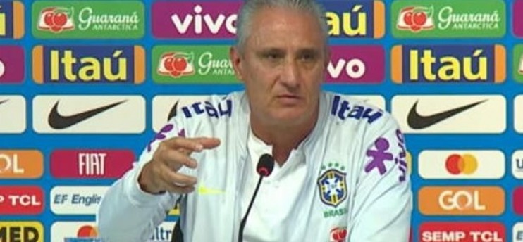 Tite arrive à Paris