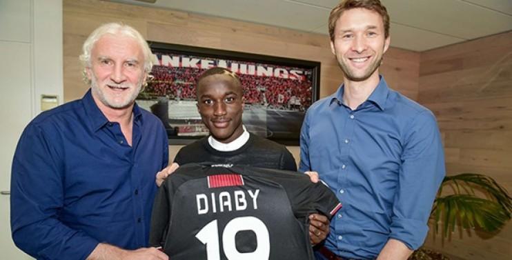 Diaby se fait cartonner par le Bayern en finale !